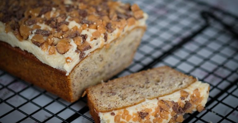 DOUBLE BANANA CAKE LOAF
